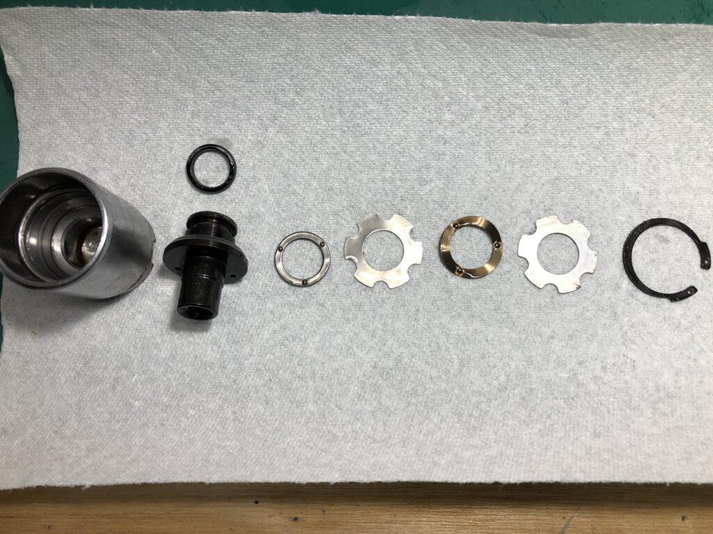 S15 シルビア リヤ ブレーキ オーバーホール ピストン 構成部品