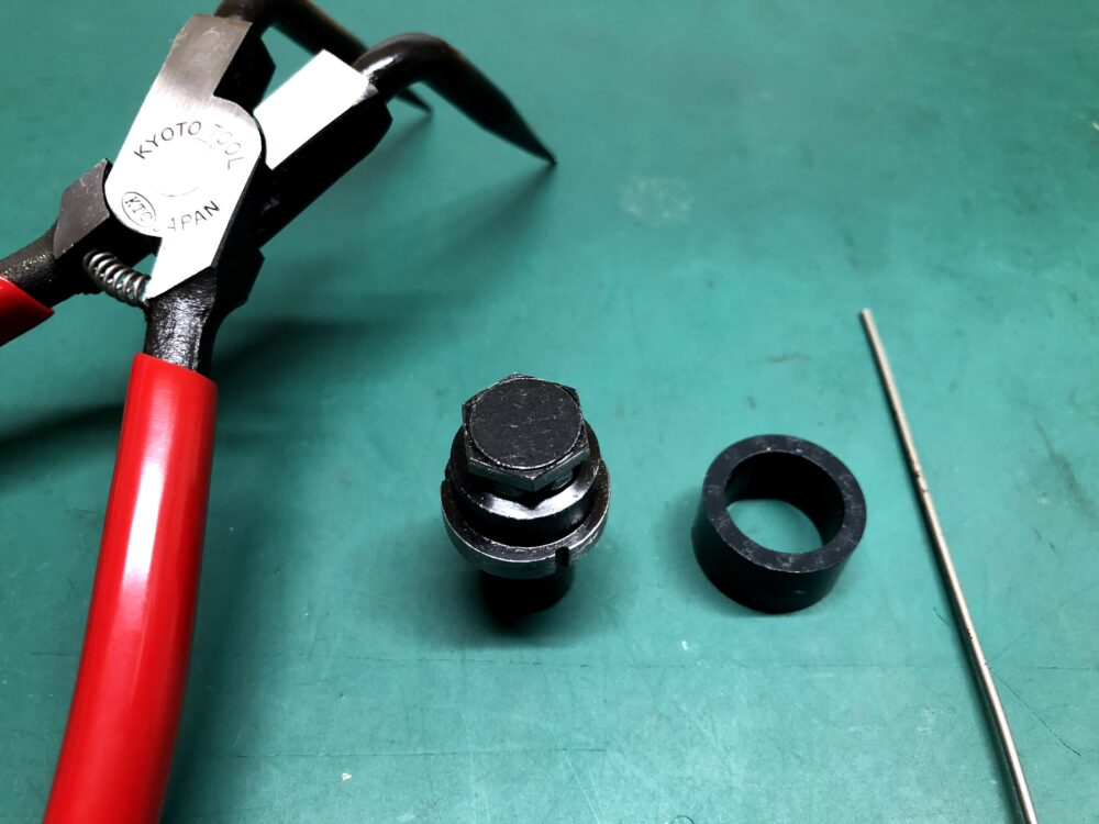 S15 シルビア リヤ ブレーキオーバーホール 自作工具